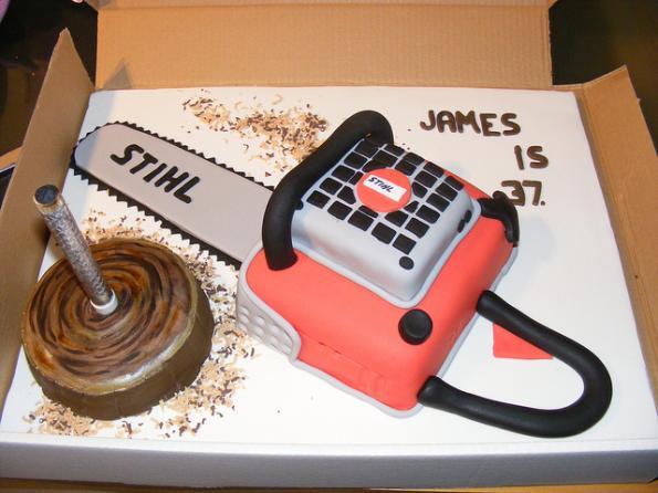 chainsaw cake design image 2