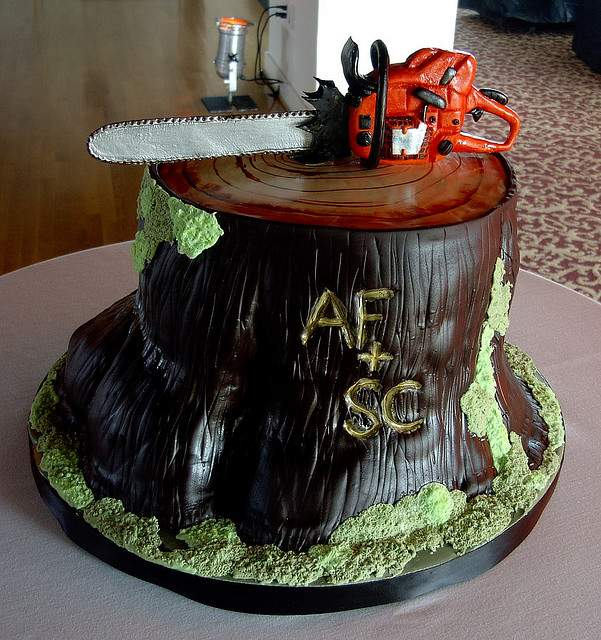 chainsaw cake design image 5