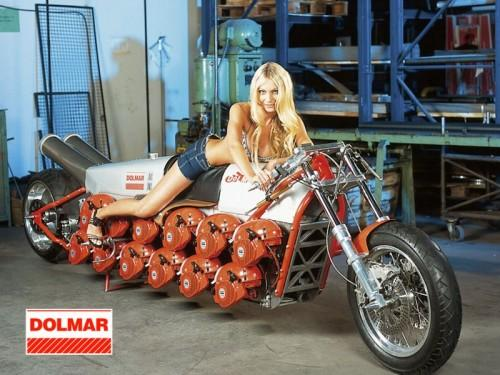 chainsaw motorcycle design image