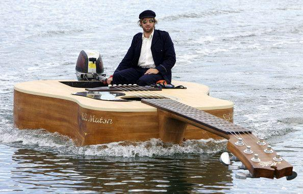 guitar boat mod design