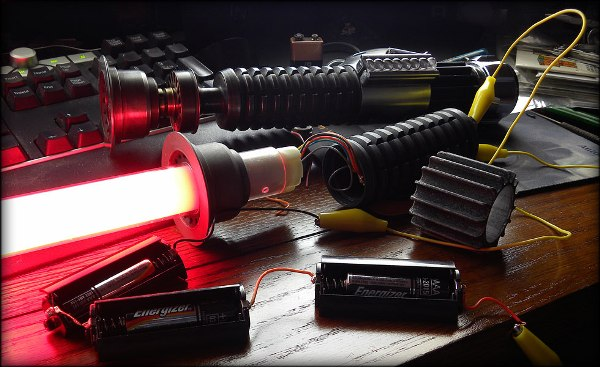 Obi Wan Kenobi Weathered Lightsaber glow