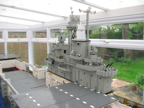 Lego USS Intrepid 02